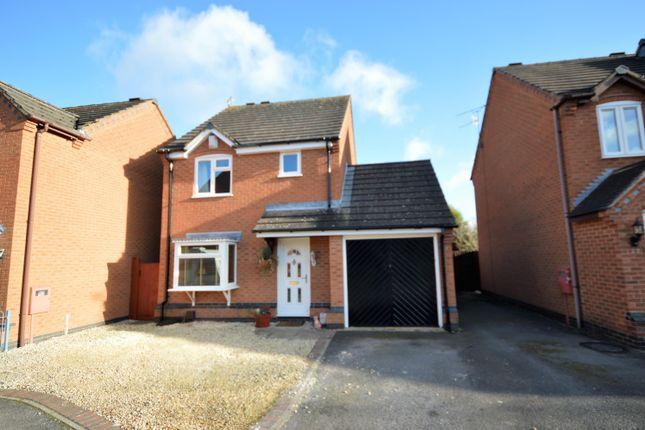 3 bed detached house for sale in Broadfield Way ...