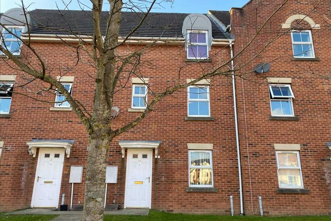 5 bed terraced house to rent in Wright Way, Stapleton, Bristol BS16