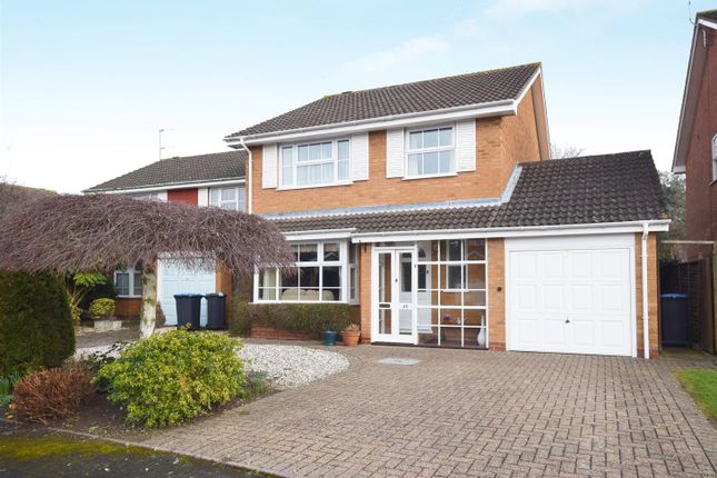 Thumbnail Detached house for sale in Saxon Close, Stratford-Upon-Avon