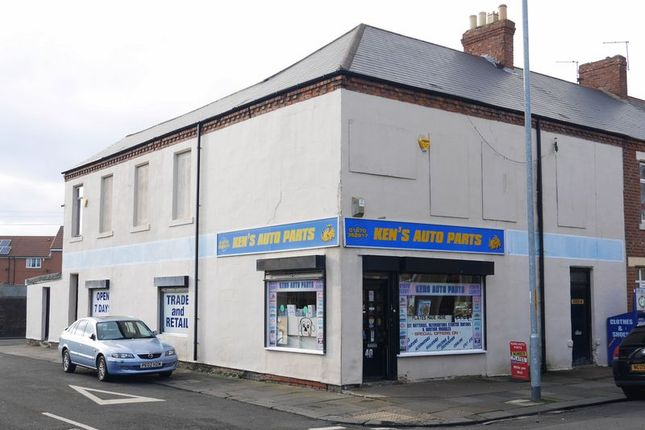 Thumbnail Commercial property for sale in Ken's Auto Parts, 40 Park Road, Blyth