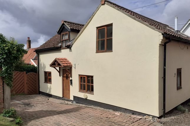 3 bed detached house for sale in Candlers Lane, Botesdale IP22