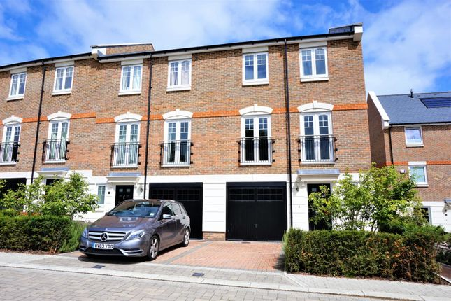 Thumbnail End terrace house to rent in Dunton Green, Sevenoaks