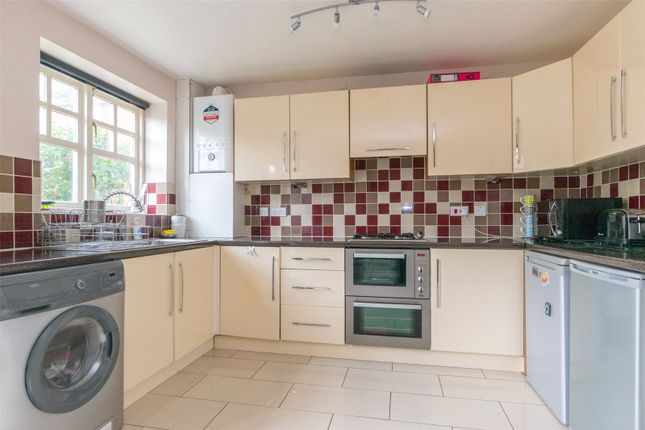 Thumbnail Semi-detached house to rent in St. Marys Park Approach, Leeds, West Yorkshire