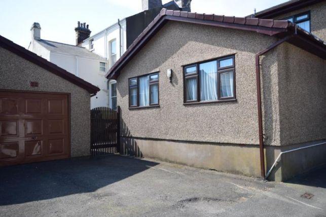 Thumbnail Flat to rent in Milton Terrace, Brunswick Road, Douglas