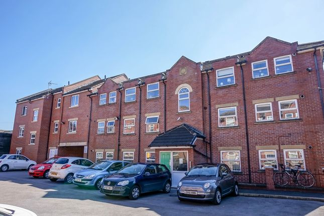 Thumbnail Flat to rent in Welton Road, Hyde Park - Leeds