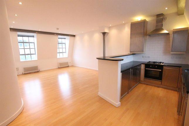 2 bed flat for sale in Brockton Street, Northampton NN2