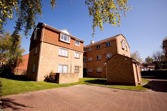 Thumbnail Flat to rent in Fallowfield, Sittingbourne