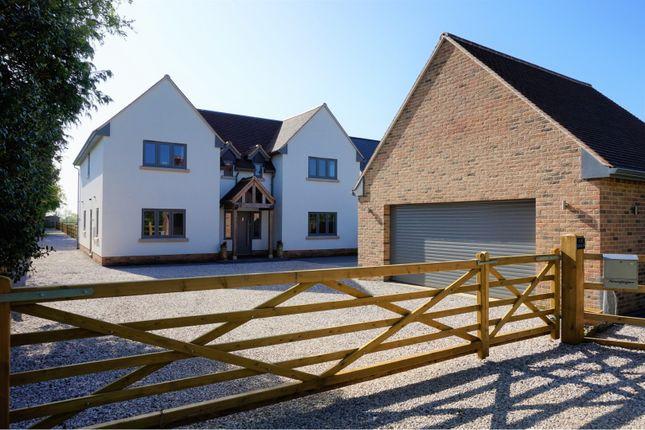 Thumbnail Detached house for sale in East Drive, Caldecote, Cambridge