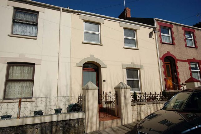 4 bed terraced house to rent in St Johns Hill, Tenby, Tenby, Pembrokeshire SA70