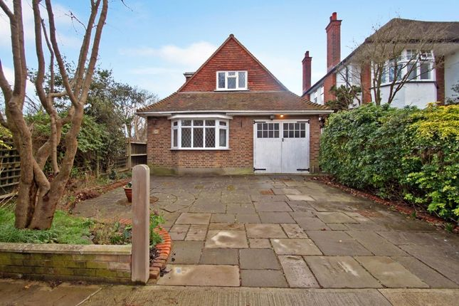 Thumbnail Bungalow to rent in Alric Avenue, New Malden
