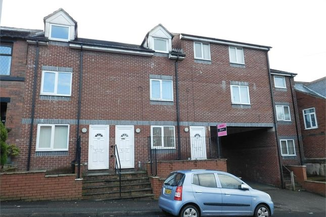 Thumbnail Town house to rent in Stand Lane, Radcliffe, Manchester