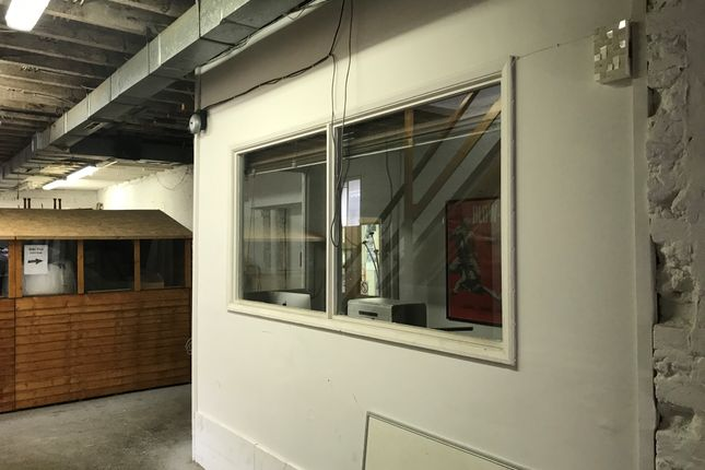 Office to let in Montgomery Street, Hove