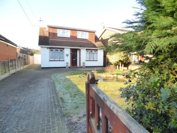 Thumbnail Bungalow for sale in Templewood Road, Hadleigh, Benfleet