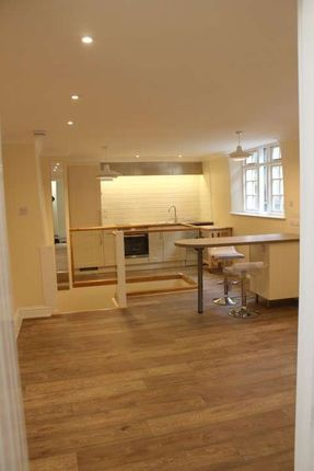 Thumbnail Maisonette to rent in Fore Street, Kingsbridge