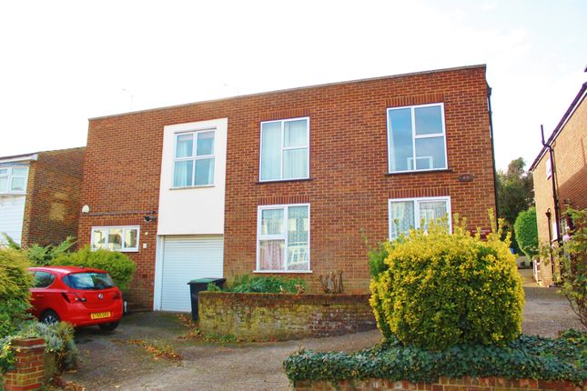 Thumbnail Flat for sale in Palmerston Road, Buckhurst Hill