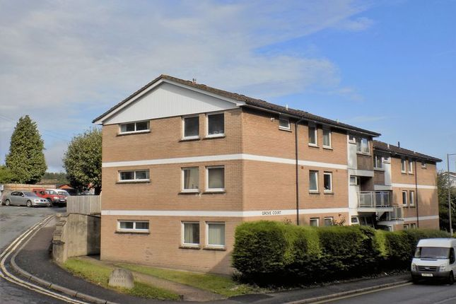 2 bed flat to rent in The Grove, Dorchester DT1