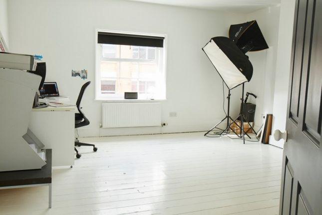 Office to let in Suite 2, 10 George Street, 10 George Street, Nottingham