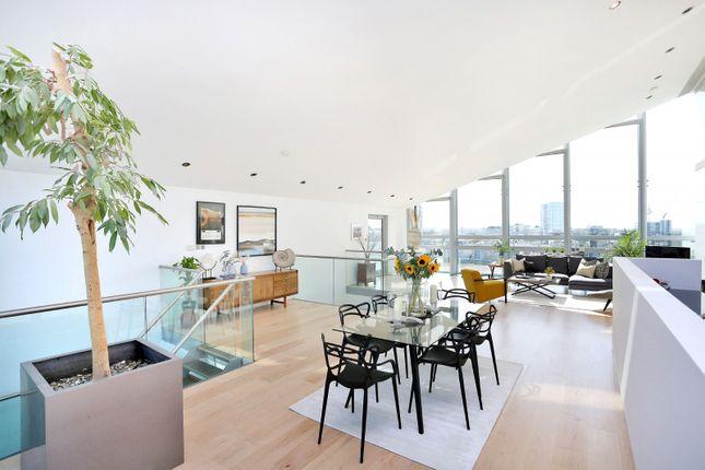 Thumbnail Flat to rent in Montevetro, 100 Battersea Church Road, Battersea