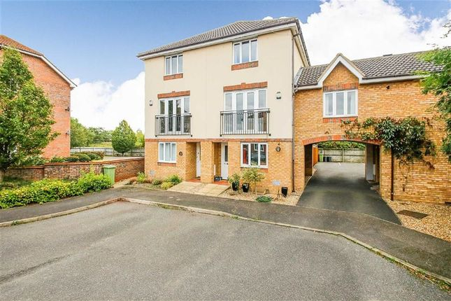 Thumbnail Town house for sale in Worth Court, Monkston, Milton Keynes