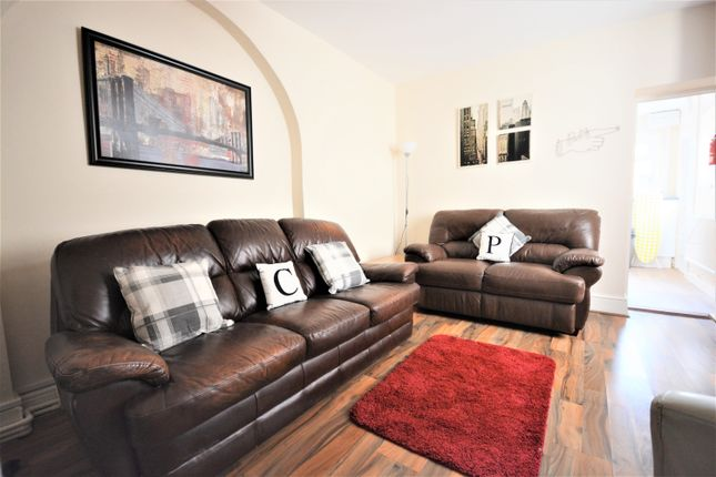 Thumbnail Property to rent in Stanley Terrace, Mount Pleasant, Swansea
