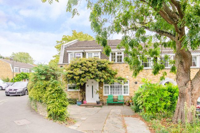 Thumbnail Property to rent in Leeward Gardens, Wimbledon, London
