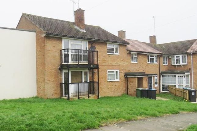 Thumbnail Flat to rent in Springfield Road, Hemel Hempstead