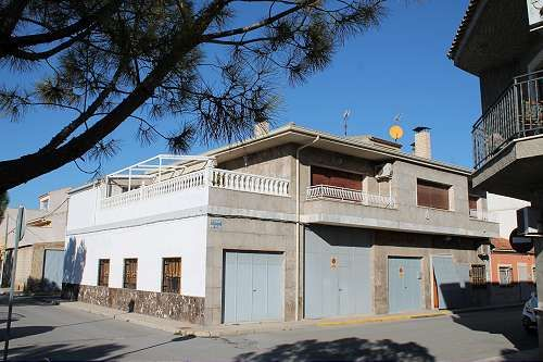 Thumbnail Apartment for sale in Pinoso, Alicante, Spain