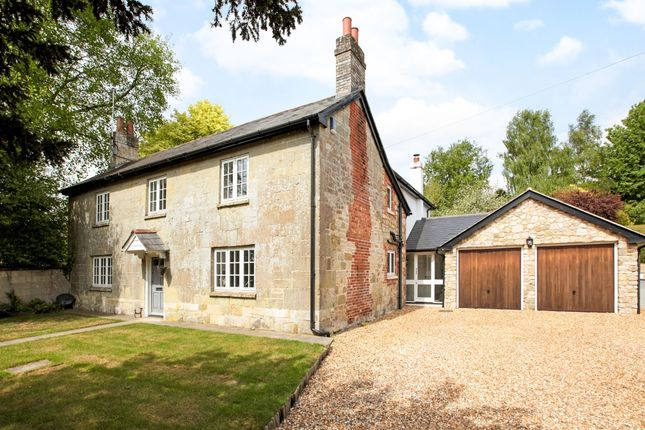 Thumbnail Cottage to rent in West Street, Barford St. Martin, Salisbury
