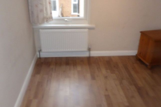 Thumbnail Room to rent in Cambridge Road, Hounslow