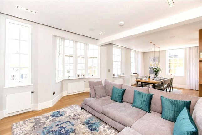 Thumbnail Flat to rent in The Little Boltons, Chelsea, London