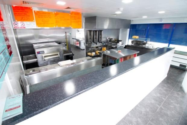 Commercial property for sale in Fast Food Lordens Hill Dinnington