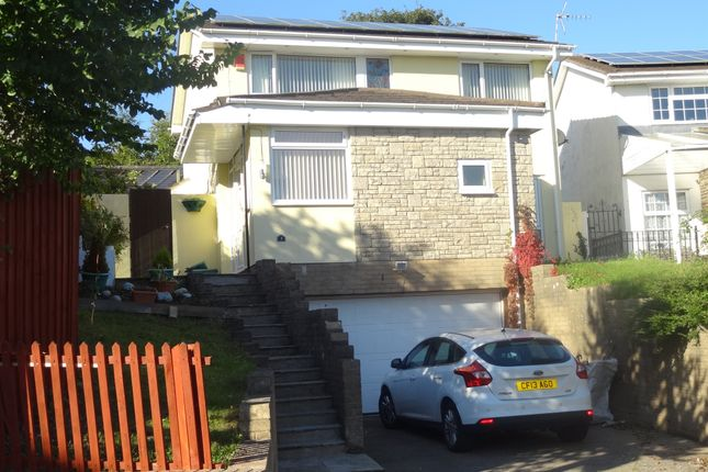 Thumbnail Detached house for sale in Coldbrook Road West, Barry