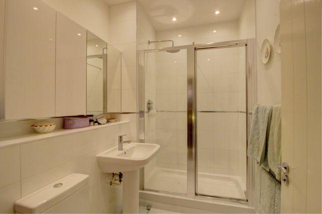 En Suite 2 of Hayle Mill Road, Maidstone ME15