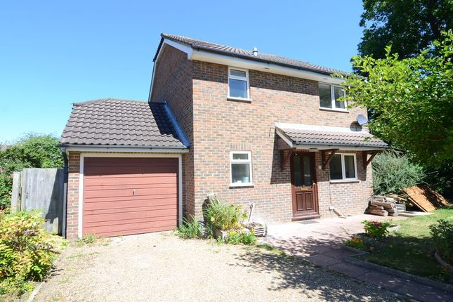 Thumbnail Detached house to rent in St. Christophers Place, Farnborough