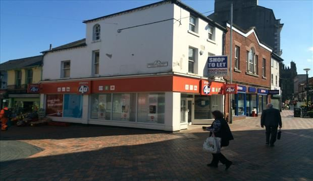 Retail premises to let in 21, Queen Street, Wrexham
