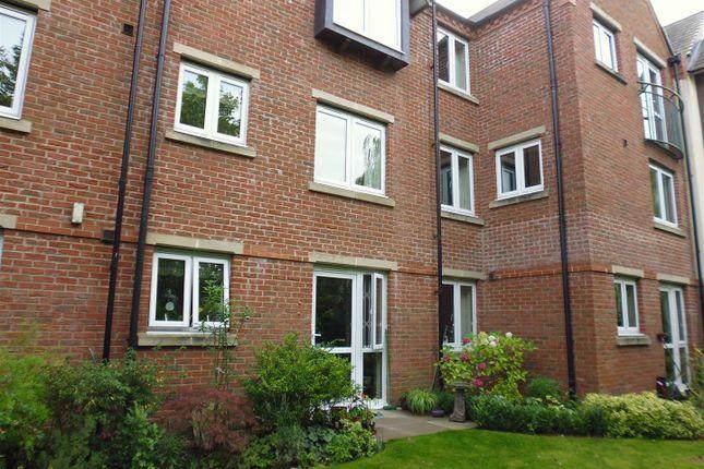 Thumbnail Flat for sale in Jermyn Street, Sleaford