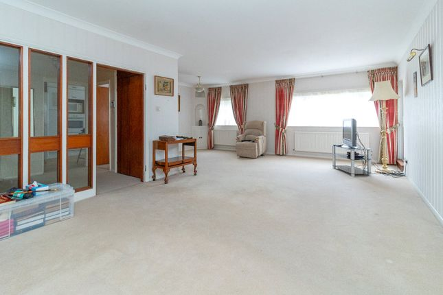 Thumbnail Flat to rent in Lodge Close, Edgware
