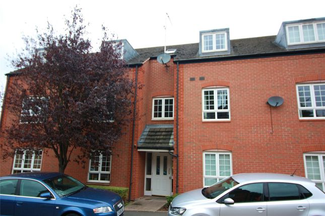 Thumbnail Flat to rent in St Margarets Avenue, Wolston, Nr Coventry