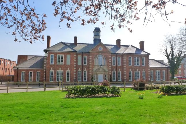 Thumbnail Flat to rent in Blomfield Drive, Chichester