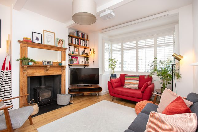 Thumbnail Semi-detached house for sale in Hepworth Road, London
