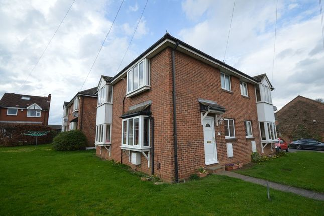 Thumbnail Town house for sale in Millfields, Ossett