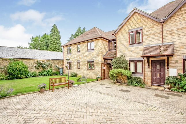 2 bed flat for sale in Long Street, Sherborne DT9