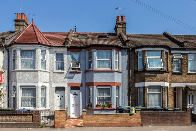 Thumbnail Terraced house for sale in Montagu Road, London