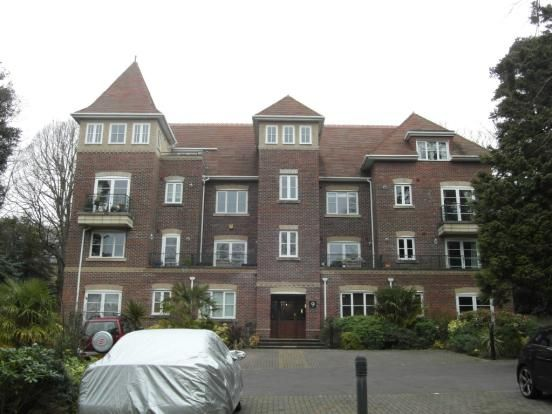 Flat to rent in Branksome Wood Road, Bournemouth, Dorset