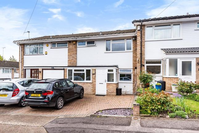 Thumbnail Terraced house for sale in Knoll Crescent, Northwood