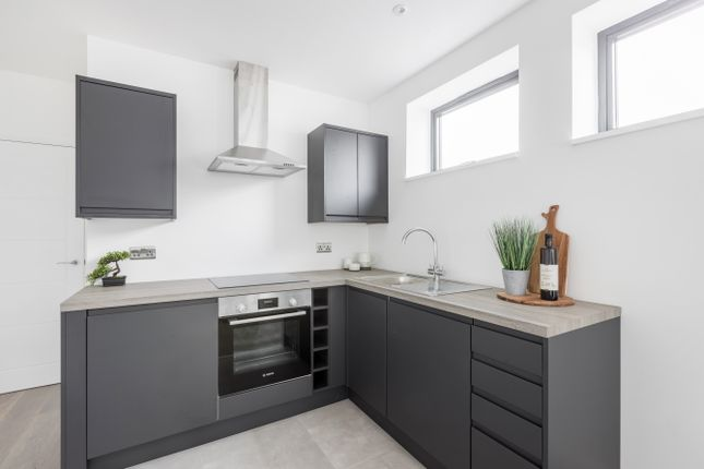 Thumbnail End terrace house for sale in Croham Valley Road, South Croydon