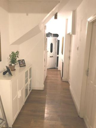 Thumbnail Terraced house to rent in Scotts Road, Southall, Middlesex