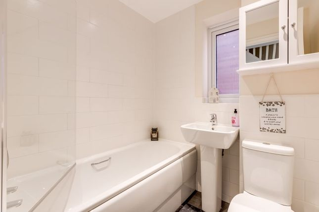 Bathroom of Bamburgh Drive, Buckshaw Village PR7