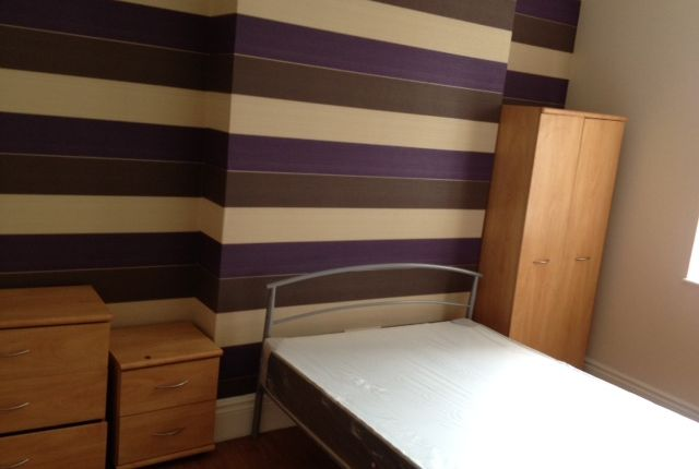 Thumbnail Terraced house to rent in Queens Road, Sheffield