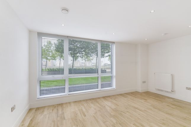 Living Room of Beacon Point, New Capital Quay, Greenwich SE10